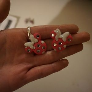 Minnie mouse earrings!
